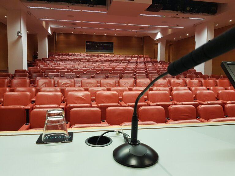 conference, speaking, speak-4799482.jpg