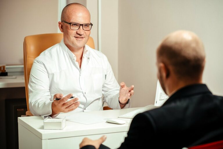 doctor, patient, consultation-5710152.jpg