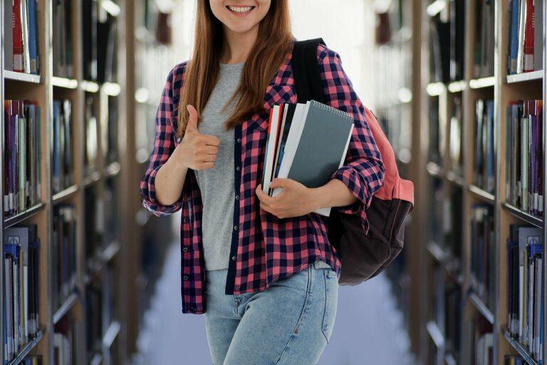 student, books, library-6402019.jpg